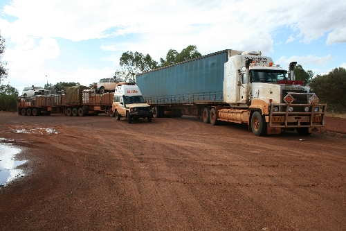 Large roadtrain.jpg